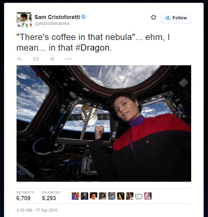 astronaut selfie gossiper screen