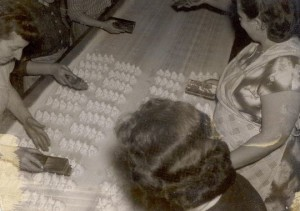 Peeps being made by hand in Bethlehem, Pennsylvania (1954)